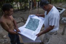 """Interview: """"FSC udelukker oprindelige folk og landsbyfællesskaber fra certificering"""""""