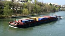 Ökad pråmtrafik i Stockholm ska minska godstransporter på land