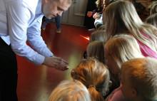 Kemi med Alfons Åberg – för de yngsta naturvetarna