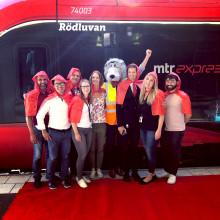 Vi välkomnar Rödluvan i nytt tågdop hos MTR Express