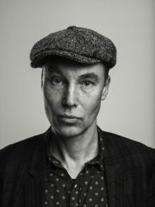 Ulf Karl Olov Nilsson, ein av Sveriges mest sentrale poetar, no endeleg på norsk