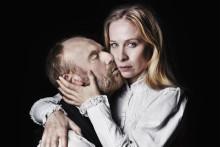 Maktkamp och kärlek i Strindbergs Fröken Julie på Hipp