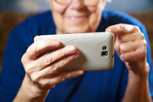 Sociala aktiviteter på nätet viktigt för hälsosamt åldrande