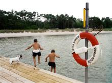 En tredjedel av svenskarna har barn som inte gått i simskola