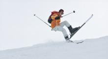 Tjek forsikringen før du spænder skiene på