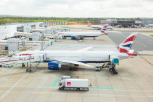 Gatwick Airport opens talks with contractors and consultants over second runway