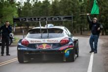 Peugeot och Loeb kör för vinst i Pikes Peak