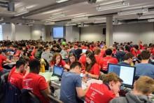 Vlaamse Programmeerwedstijd lokt meer dan 400 IT'ers naar campus Spoor Noord