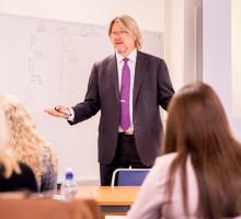 Karlstads universitet erbjuder avancerad skatterätt för yrkesverksamma jurister och konsulter