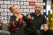 Jonas Nordfors och Lina Sjöberg tog varsin trippel på SM i trampolin