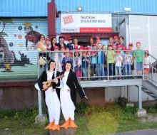 """""""Siegerkinder"""" mit Pinguinen auf großer Fahrt!"""
