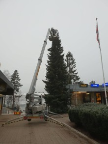 Julegrantenning på Vestli torg