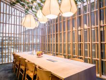 Fritz Hansen bjuder in till utställning på Clarion Hotel Sign för att hylla skandinavisk design