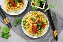 Kung Markatta lanserar nytt vegoalternativ – tempeh av bönor respektive ärtor