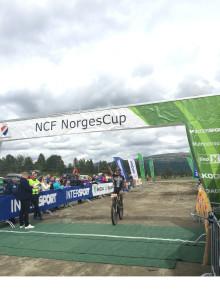 Suveren seier i både herre og dameklassen i Furusjøen rundt.