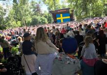 VM-matchen mellan Sverige- England på storbildskärm på Dina-scenen