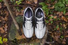 "Sneakersnstuff and Brooks ""American dream"""