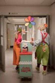 """Kortfilmen """"Glädjeverkstan"""" premiärvisas 7 juli på Visby Strand hotel, som en del i fotoutställningen """"Vem ser patienten i cancervården?"""""""
