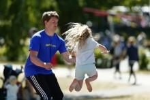 Roliga idrottsdagar för alla på 31 platser i Sverige