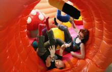 Art 'n Stuff – uppblåst och hoppfullt på Arbetets museum i sommar