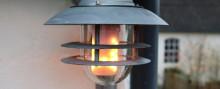 LED pærer sætter ild i lamperne - men det er ikke farligt.