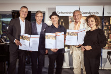 Schwabinger Kunstpreise gehen an Thomas Kuchenreuther, Uli Oesterle und das Klavierduo Yaara Tal und Andreas Groethuysen