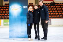 HOLIDAY ON ICE ACADEMY: Nürnberger Nachwuchstalent trainiert mit den Idolen Aljona Savchenko und Bruno Massot