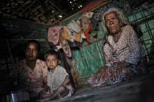 Hot mot vårdpersonal som hjälper Rohingyas