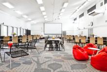 190 kvadratmeter ny design - i Mälarhallen
