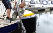 C har installerat vattenpapperskorg - vill minska plaster i vattnet