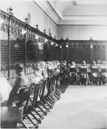 Pionjären som ersatte telefonistflickorna med maskiner
