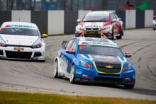 Tät racing, plåtkontakt och omkörningar – STCC på Sturup Raceway