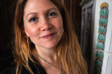 Sveriges första kvinnliga gesäll i kakelugnsmakaryrket!