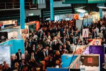 Business Arena förnyar samarbetet med Hand in Hand