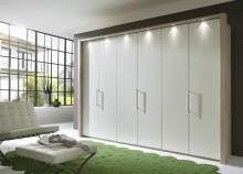 Atlanta. Exklusiva garderober med njutbar design, inredning och belysning