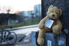 Nallegerilla inleder Stadsmissionens julkampanj om barn som far illa i tysthet