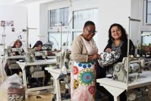 To danske systuer syer genbrugskollektion til IKEA