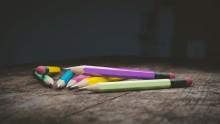 Czy edukacja dziecka dużo kosztuje? Wyniki najnowszego raportu