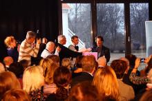 Vem får 2012 års ALMA-pris?