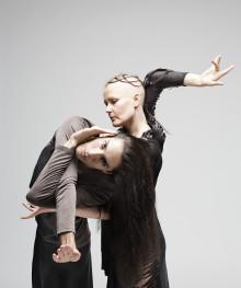 Virpi Pahkinen – starka dansverk ICHOS och FOLD 20/11 19.00