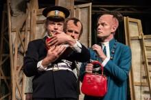 LasseMaja och Hamletmysteriet återvänder till Stockholm – spelar på Göta Lejon i mellandagarna!