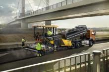 Volvo P4820D asfaltläggare - från innerstad till motorväg