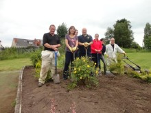 Center Parcs Sherwood Forest volunteers help out at Bulwell Forest Garden