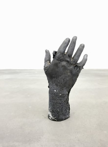 Presssmeddelande: N N – Målningar och skulpturer av Kaare Golles