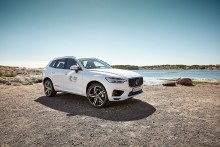 Volvo Cars siktar på att kunna använda minst 25 procent återvunnen plast i varje ny bil från 2025