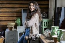Nicole ger möbler nytt liv i en gammal bagarstuga