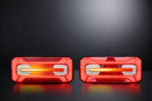 Neonljus och dynamisk blinkers – baklampan med eftertraktade funktioner är här