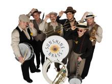 Musikalischer Sparkassen-Frühschoppen: SUNSHINE BRASS und BIG JAMBORY im musikalischen Wechsel