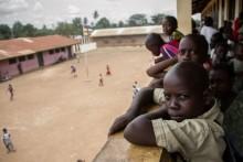 Undersökning från Rädda Barnen: Majoriteten av skolbarnen i Centralafrikanska Republiken traumatiserade
