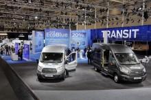 Ford představil v Hannoveru Transit a Transit Custom se vznětovým motorem Ford EcoBlue, novou automatickou převodovkou, pohonem všech kol a systémem SYNC 3